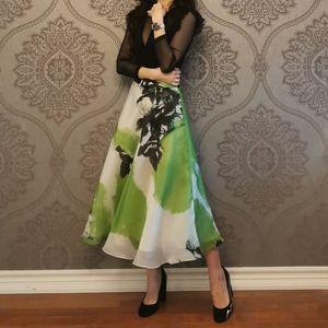 Floral print 100% silk skirt